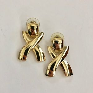 80's vintage gold metallic earrings